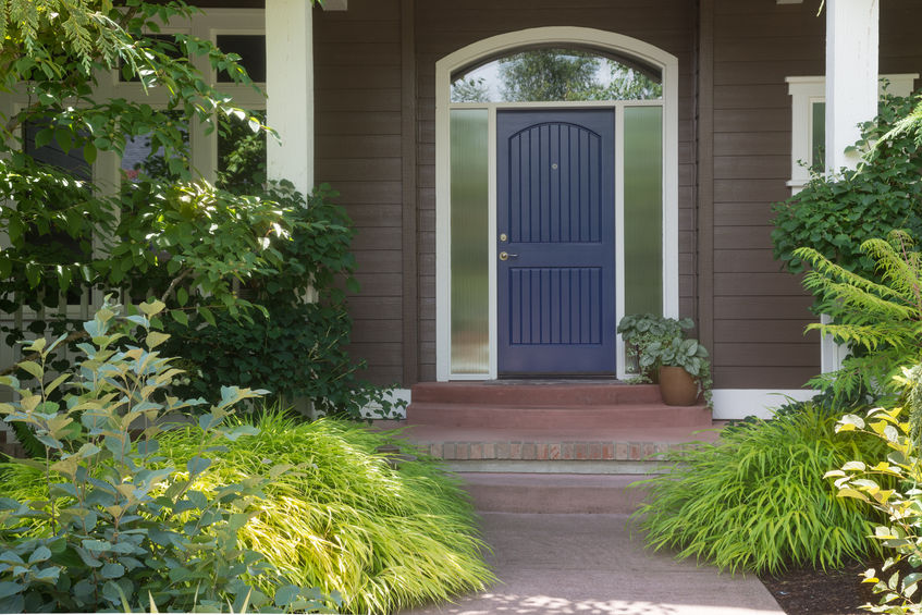 How to quickly update your front door